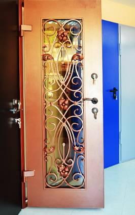 металлические двери для загородного дома в одинцово