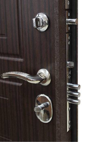 уплотнитель для входной металлической двери